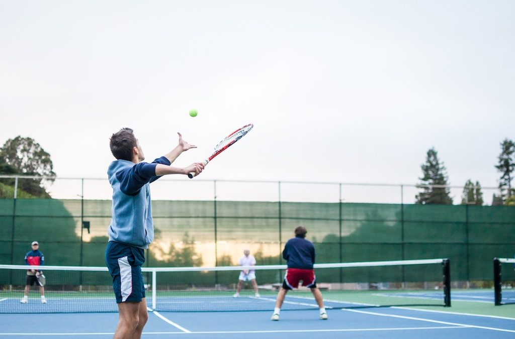 The Benefits of Taking Up Tennis